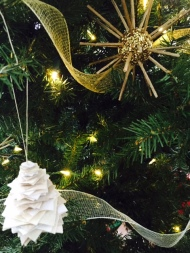 christmas - tree - ornaments - homemade